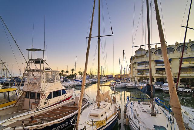 Segelboote im Jachthafen von Benalmádena