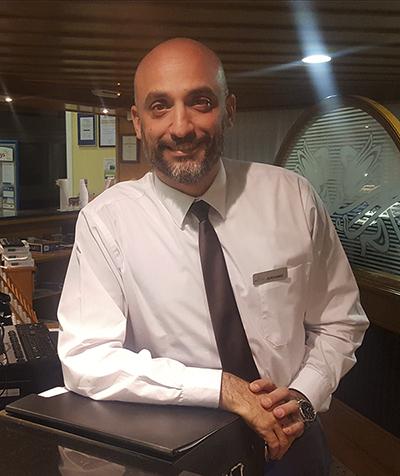 Jerónimo, jefe de recepción Puerto Marina1